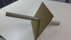 """Un """"tubo"""" . Muy fácil de realizar. A pesar de su aspecto no es un telescopio. Es un sistema de proyección."""
